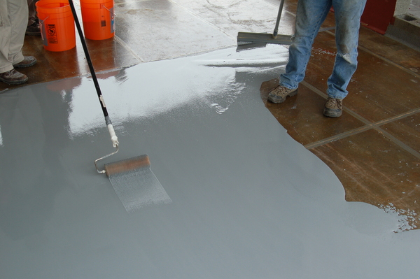Get the perfect garage floor with an epoxy finish for Concrete floor covering