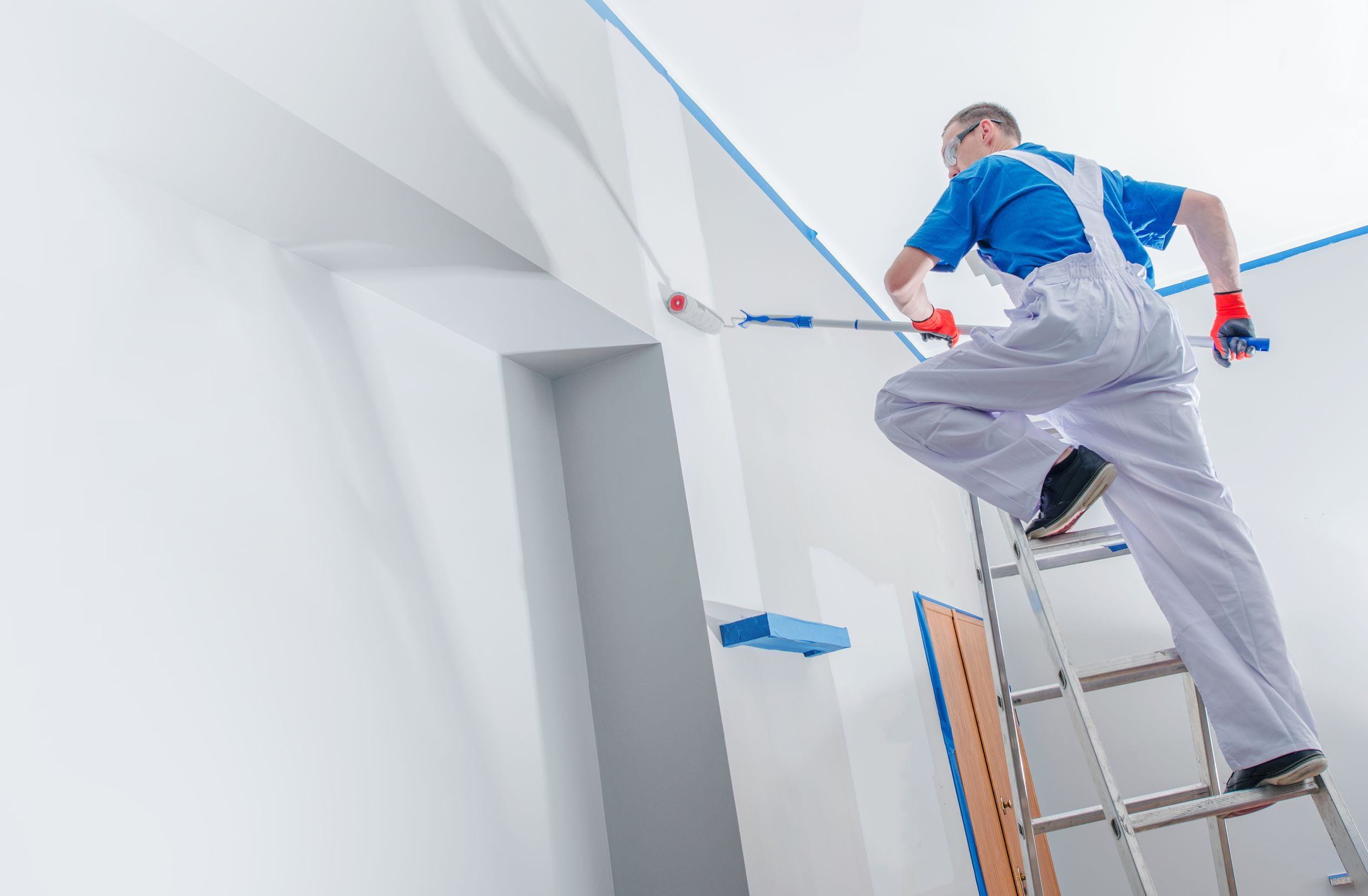 Difference Between Residential and Commercial Painting Contractors